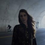 Santiago Fusión confirma el debut de Julia Holter en Chile