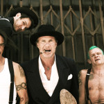 "NUEVO: Vídeo de Red Hot Chili Peppers ""Go Robot"""